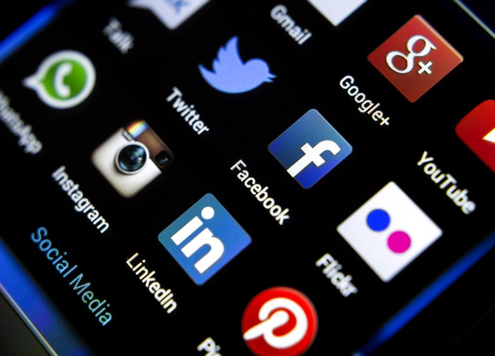 Facebook kauft Whats App! Datenschützer warnen!