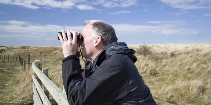 Krankgeschriebenen Mitarbeiter beim Angeln an der Ostsee beobachtet!